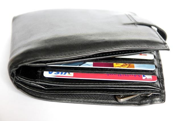 Kreditní karty mKREDITKY